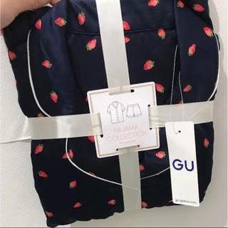ジーユー(GU)の大幅値下げ‼️GU✩完売品 イチゴ柄ネイビーM(パジャマ)