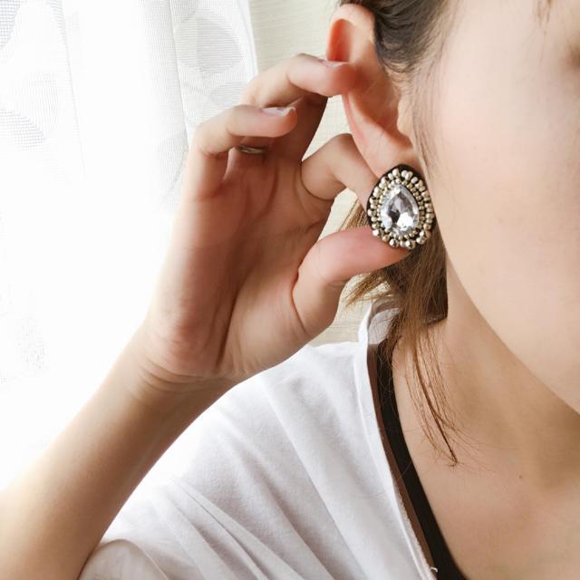 キラキラビジュー  ビーズ刺繍ピアス ハンドメイドのアクセサリー(ピアス)の商品写真