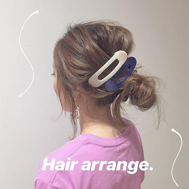 ビッグ ヘアクリップ  2個セット レディースのヘアアクセサリー(バレッタ/ヘアクリップ)の商品写真