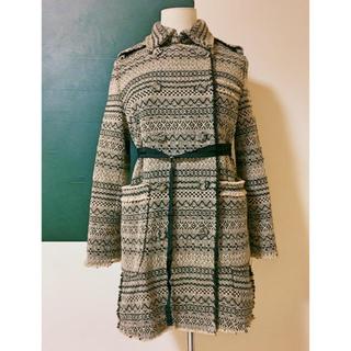 ファーファー(fur fur)のfurfur オリジナルジャガード織りテキスタイルのミドル丈コート。(スプリングコート)
