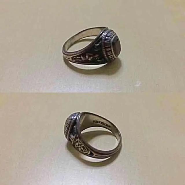値下げ!カレッジリング アクセサリー ビンテージ 希少 メンズのアクセサリー(リング(指輪))の商品写真