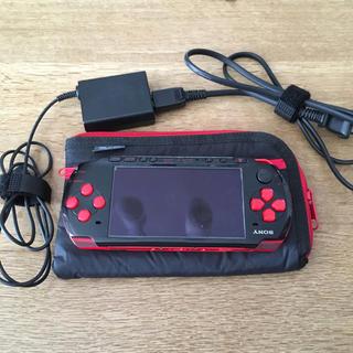 プレイステーションポータブル(PlayStation Portable)のPSP本体(携帯用ゲーム機本体)