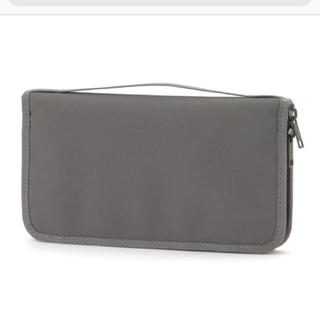 ムジルシリョウヒン(MUJI (無印良品))のパスポートケース クリアファイル付き(日用品/生活雑貨)