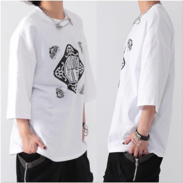 FUNKY FRUIT(ファンキーフルーツ)の[Drug] 中華柄プリントTシャツ レディースのトップス(Tシャツ(半袖/袖なし))の商品写真