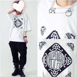 ファンキーフルーツ(FUNKY FRUIT)の[Drug] 中華柄プリントTシャツ(Tシャツ(半袖/袖なし))