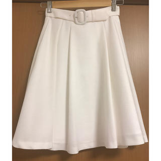 デビュードフィオレ(Debut de Fiore)のデビュードフィオレ ベルト付スカート(ひざ丈スカート)