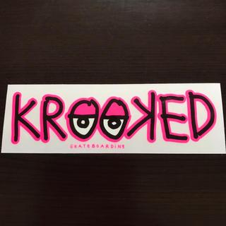 クルキッド(KROOKED)の【縦5.8cm横17.8cm】krooked ステッカー(ステッカー)