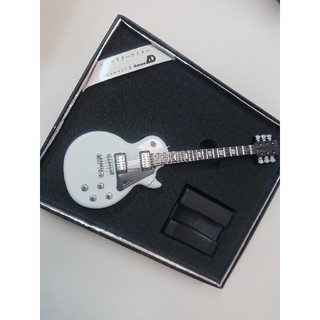 時間限定値下げ◇エレキギター型 ライター お洒落 レトロ ホワイト(エレキギター)
