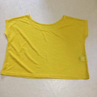 ジーユー(GU)のカットソー    GU    未使用(カットソー(半袖/袖なし))