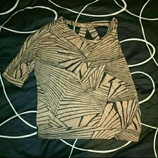 フォーエバートゥエンティーワン(FOREVER 21)のforever21 フォーエバー21 トップス 五分丈(Tシャツ(長袖/七分))