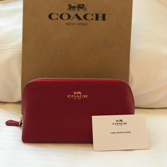 9319663f294705 COACH(コーチ)の赤 新品コーチCOACH 化粧 コスメ ポーチ 多目的ケース プレゼントに