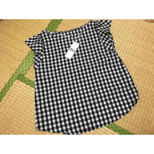 GU(ジーユー)のGU ギンガムチェック ブラウス レディースのトップス(シャツ/ブラウス(半袖/袖なし))の商品写真