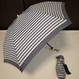 アクアスキュータム(AQUA SCUTUM)の新品アクアスキュータム日本製 晴雨兼用傘 折り畳み傘(傘)