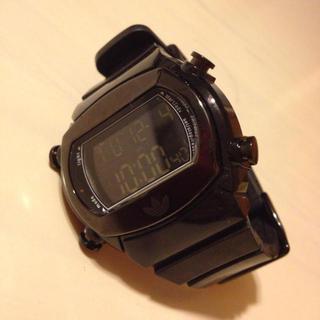 アディダス(adidas)のadidasブラック時計(腕時計)