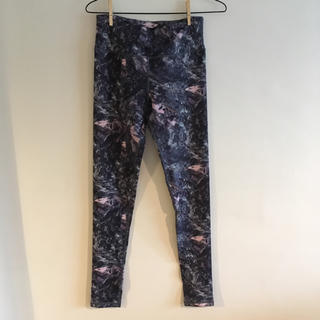 ルルレモン(lululemon)の*outlet* lululemon size4 pants(ヨガ)