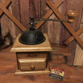 カリタ(CARITA)のKalita コーヒーポット1.3ℓ & コーヒーミルセット❗️(調理道具/製菓道具)