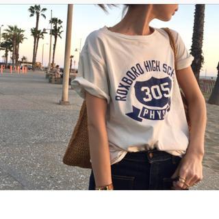 アパルトモンドゥーズィエムクラス(L'Appartement DEUXIEME CLASSE)のレミレリーフ  Tシャツ(Tシャツ(半袖/袖なし))