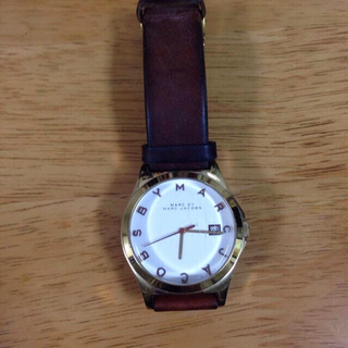 マークバイマークジェイコブス(MARC BY MARC JACOBS)のmarc皮時計(腕時計)