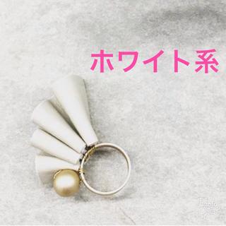 新品未使用品★レザーフリル☆リング ホワイト#11〜#12(リング(指輪))
