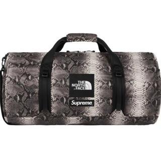 シュプリーム(Supreme)のSupreme North Face Snakeskin Duffle Bag(ドラムバッグ)