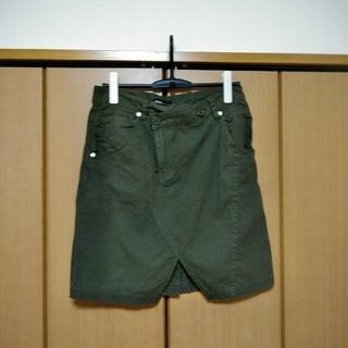 アンクワイエット(ANQUIET)のアメカジ カーキの膝丈スカート(ひざ丈スカート)