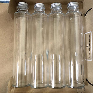 ハーバリウム瓶  円柱瓶 4本  200mlサイズ(各種パーツ)