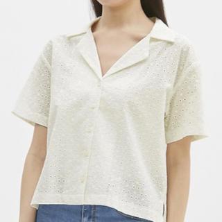 ジーユー(GU)の【GU】レースオープンカラーシャツ(シャツ/ブラウス(半袖/袖なし))