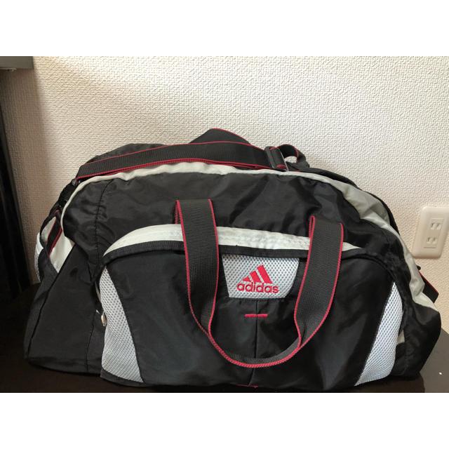 adidas(アディダス)の●アディダスadidas/大きめボストンバッグ 2way 黒×白×赤 大容量 メンズのバッグ(ボストンバッグ)の商品写真