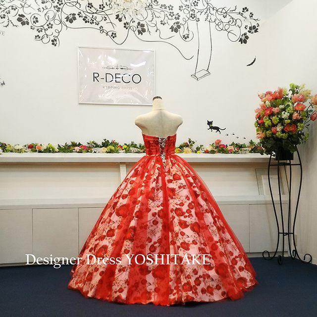 ウエディングドレス(パニエ無料サービス) 赤チュール&赤花柄 披露宴/二次会 レディースのフォーマル/ドレス(ウェディングドレス)の商品写真