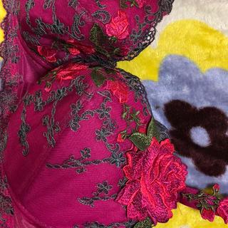 ワコール(Wacoal)のまつ様専用 サルート大薔薇刺繍ワインボルドーI70(ブラ)