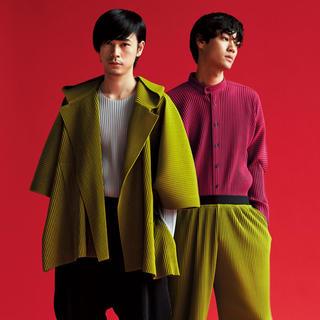 イッセイミヤケ(ISSEY MIYAKE)のhomme plisse issey Miyake フーデッドジャケット(ポンチョ)