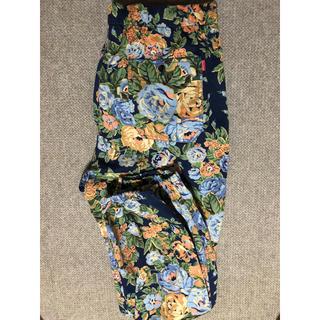 シュプリーム(Supreme)のSupreme flower pants(ワークパンツ/カーゴパンツ)