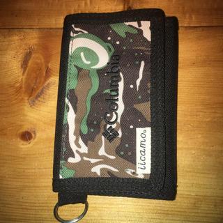 コロンビア(Columbia)の 終了間近  Columbia iicamo 迷彩財布(折り財布)