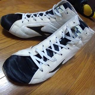 ミズノ(MIZUNO)のミズノボクシングシューズ(白xブラック ショートタイプ)27.0cm(27.5)(ボクシング)
