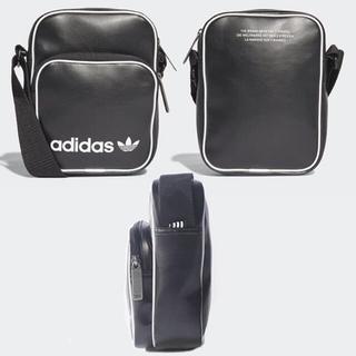 アディダス(adidas)の新品adidasアディダス オリジナルス フェイクレザーショルダーバッグ黒(ショルダーバッグ)