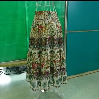 アフリカタロウ(AFRICATARO)の[美品] AFRICA TARO アフリカタロウ 草花のインド綿 スカート(ロングスカート)