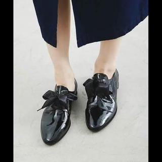 オゥバニスター(AU BANNISTER)のオゥバニスター  リボンエナメルレザーローファーレースアップ 箱sakushop(ローファー/革靴)