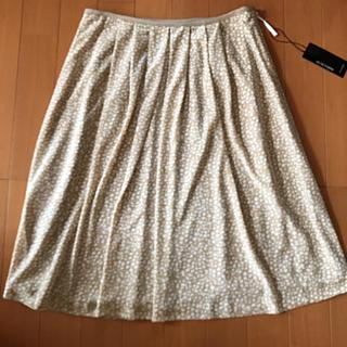 ヴァンドゥーオクトーブル(22 OCTOBRE)の22オクトーヴル 新品タグ付きスカート(ひざ丈スカート)