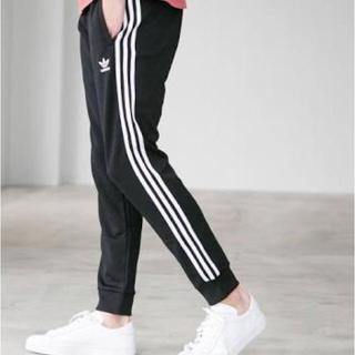 アディダス(adidas)のadidas トラックパンツ mサイズ(ジャージ)