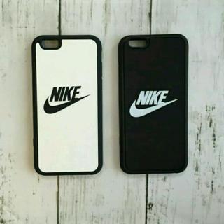 ナイキ(NIKE)のNIKE iPhoneケース ブラック(iPhoneケース)