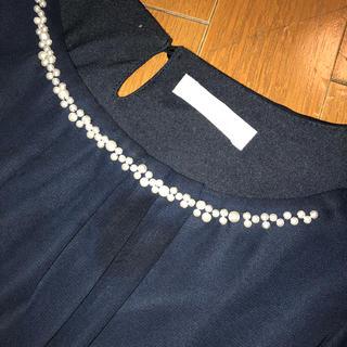 アストリアオディール(ASTORIA ODIER)のカットソー ASTORIAODIER パールビジュー 濃紺半袖ブラウス L(シャツ/ブラウス(半袖/袖なし))