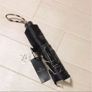 アクアスキュータム(AQUA SCUTUM)の新品タグ ⭐️ アクアスキュータム 折りたたみ傘 ブラック 雨傘 日本製(傘)