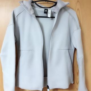 アディダス(adidas)のジャケット(ナイロンジャケット)