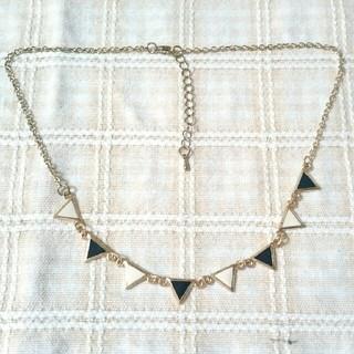 シマムラ(しまむら)の三角ネックレス*(ネックレス)