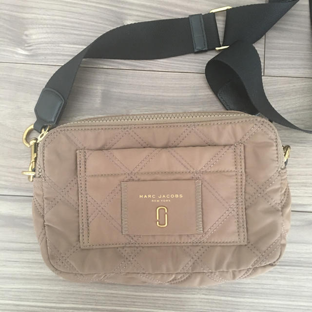 cb0322eafe7e MARC JACOBS(マークジェイコブス)のMARC JACOBS♡ナイロンショルダーバッグ レディースのバッグ