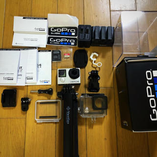 ゴープロ(GoPro)のgopro hero4 格安セール(コンパクトデジタルカメラ)