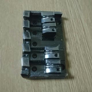 Accu-Cast B305 ベース用ブリッジ(パーツ)