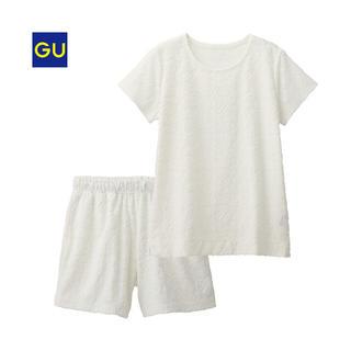 ジーユー(GU)のgu☆即完売 ルームウェア セットアップ ホワイト(ルームウェア)