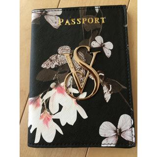 ヴィクトリアズシークレット(Victoria's Secret)のb新品未使用 Victoria's  Secret パスポートケース (名刺入れ/定期入れ)