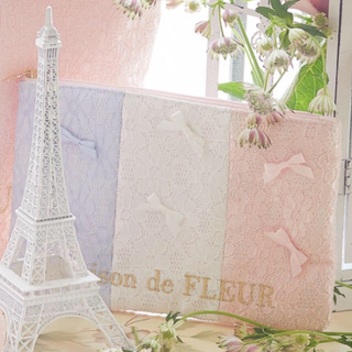 Maison de FLEUR - メゾンドフルール♡ トリコロールフラットポーチ